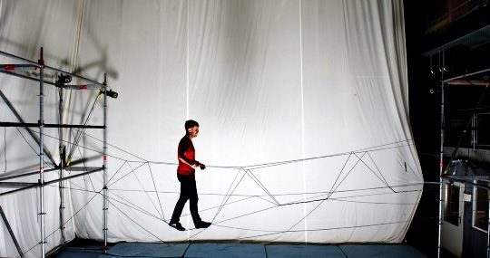 Drones constroem ponte de corda em Zurique